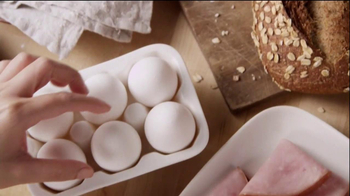 Panera Bread TV Spot, 'Breakfast Power Sandwich' - Thumbnail 4