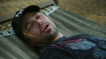 GAMO  TV Spot, 'Sleeping on a Hammock' - Thumbnail 7