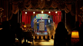 Gildan TV Spot, 'Magic Show' - Thumbnail 9