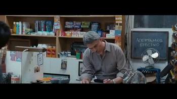 Miller Lite TV Spot, 'El carga-todo' con Marco Rodríguez [Spanish] - Thumbnail 4