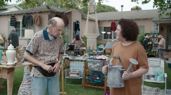 Krylon COVERMAXX TV Spot, 'Yard Sale Hijack: Old Watering Can' - Thumbnail 1