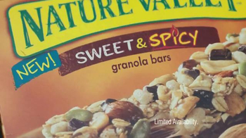 Nature Valley Granola Bars TV Spot, 'Sweet, Salty & Spicy' - Thumbnail 7