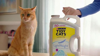 Purina Tidy Cats Lightweight Plus Glade TV Spot, 'Every Home, Every Cat' - Thumbnail 3