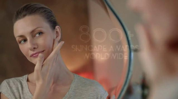 Olay TV Spot, 'What Matters Most' - Thumbnail 4