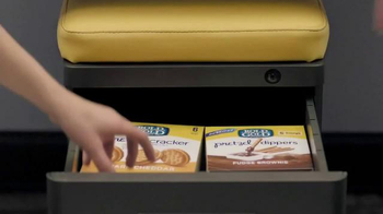 Rold Gold Pretzel Dippers TV Spot, 'Mid-Afternoon' - Thumbnail 5
