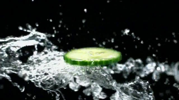 Rimmel London Lift Me Up Mascara TV Spot, 'Give 'Em a Jolt' Feat. Kate Moss - Thumbnail 2