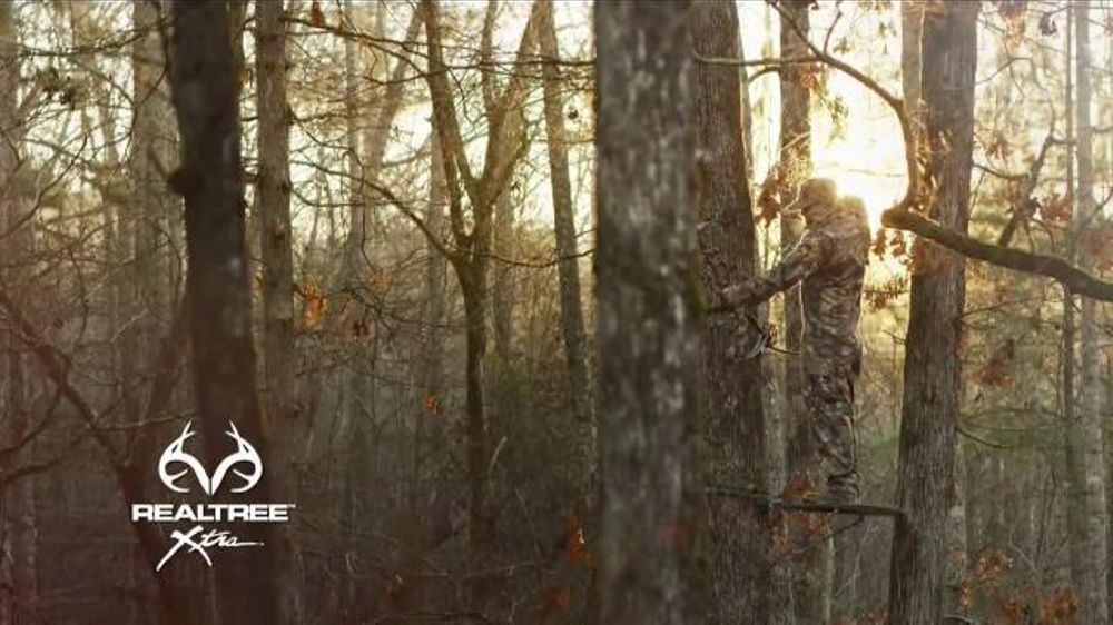 Realtree Xtra Camo TV Commercial, 'When Closeness Counts'