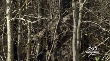 Realtree Xtra Camo TV Spot, 'When Closeness Counts' - Thumbnail 4