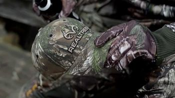 Realtree Xtra Camo TV Spot, 'When Closeness Counts' - Thumbnail 5