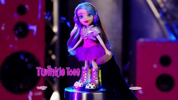 Twinkle Toes by SKECHERS TV Spot, 'Light Up the World' - Thumbnail 4