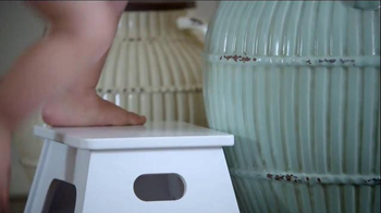 Angel Soft TV Spot, 'Vase' - Thumbnail 2