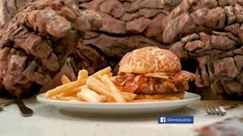 Denny's Thing Burger TV Spot, 'Fantastic Four' [Spanish] - Thumbnail 3
