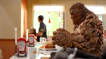 Denny's Thing Burger TV Spot, 'Fantastic Four' [Spanish]