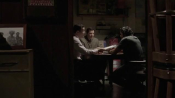 Modelo Especial TV Spot, 'Bar' [Spanish] - Thumbnail 2