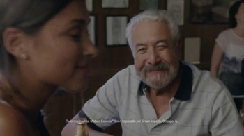 Modelo Especial TV Spot, 'Bar' [Spanish] - Thumbnail 7