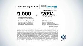 2015 Volkswagen Passat TV Spot, 'Model Year End Sales Event: Hot Deals' - Thumbnail 9