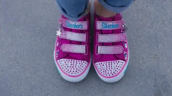 SKECHERS Twinkle Toes TV Spot, 'Dance Party With the Girls' - Thumbnail 7