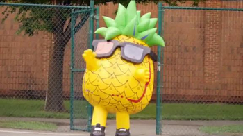 Brisk Pineapple Passionfruit Tea TV Spot, '7-Eleven City Slam: Pineapple' - Thumbnail 4
