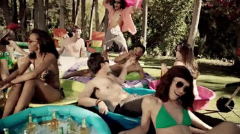 Bud Light Lime TV Spot, 'Bring Your Own Pool' Song by Outasight - Thumbnail 4