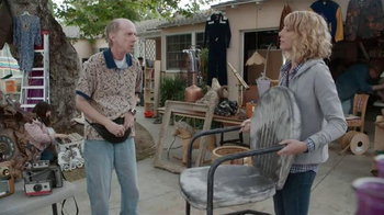 Krylon COVERMAXX TV Spot, 'Yard Sale Hijack: Old Chair' - Thumbnail 2