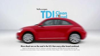 2015 Volkswagen Passat TDI Clean Diesel TV Spot, 'Diesel Cars' - Thumbnail 2
