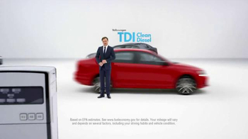 2015 Volkswagen Passat TDI Clean Diesel TV Spot, 'Diesel Cars' - Thumbnail 6