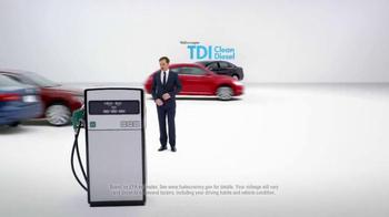 2015 Volkswagen Passat TDI Clean Diesel TV Spot, 'Diesel Cars' - Thumbnail 7