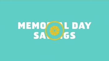 Lowe's Memorial Day Savings TV Spot, 'Decking and Resurfacers' - Thumbnail 2