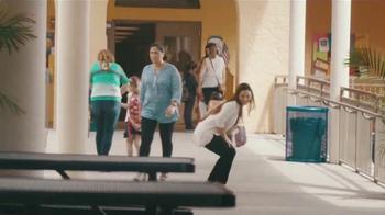 Univision TV Spot, 'Todo es Posible con Tenacidad' [Spanish] - Thumbnail 3