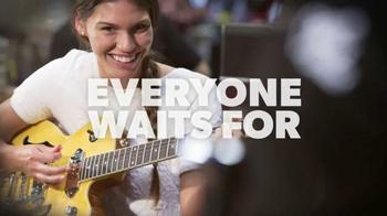 Guitar Center Memorial Day Savings Event TV Spot, 'Guitars and Stands' - Thumbnail 3