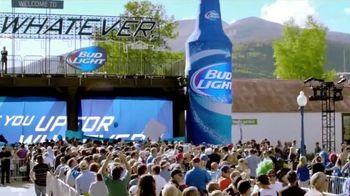 Bud Light TV Spot, 'Celebra con Bud Light en Whatever, USA 2.0' [Spanish] - 65 commercial airings