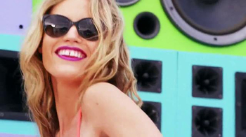 Sunglass Hut TV Spot, 'Electrify Summer' - Thumbnail 4