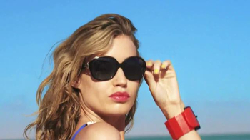 Sunglass Hut TV Spot, 'Electrify Summer' - Thumbnail 8