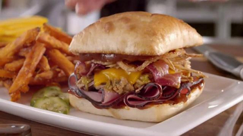Applebee's Triple Hog Dare Ya TV Spot, 'You, Yes You' - Thumbnail 5