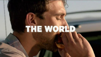 Applebee's Handhelds TV Spot, 'The World Is Your Restaurant' - Thumbnail 3