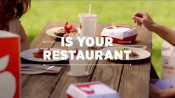 Applebee's Handhelds TV Spot, 'The World Is Your Restaurant' - Thumbnail 5