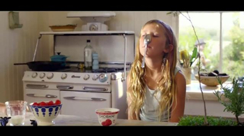 Chobani TV Spot, 'To Love This Life is to Live It Naturally: Kids' - Thumbnail 5