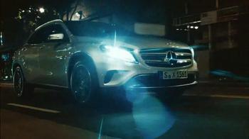 2015 Mercedes-Benz GLA 250 TV Spot, '100 Percent' - Thumbnail 7