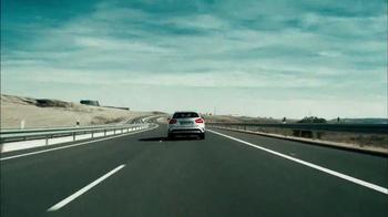 2015 Mercedes-Benz GLA 250 TV Spot, '100 Percent' - Thumbnail 9