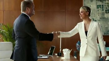 Priceline.com TV Spot, 'First Negotiation' Ft. Kaley Cuoco, William Shatner - Thumbnail 9