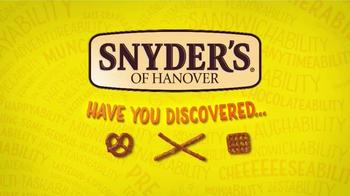 Snyder's of Hanover Honey Mustard & Onion Pretzel TV Spot, 'Burstability' - Thumbnail 1