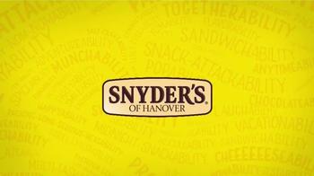 Snyder's of Hanover Honey Mustard & Onion Pretzel TV Spot, 'Burstability' - Thumbnail 6