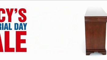 Macy's Memorial Day Sale TV Spot, 'Monday Specials' - Thumbnail 2