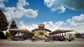 Sonic Drive-In Candy Slush TV Spot, 'Jolly Rancher Slush' [Spanish] - Thumbnail 9