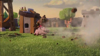 Clash of Clans TV Spot, 'Balloon Parade' - Thumbnail 7