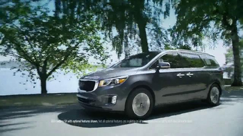 Kia Summer's On Us Sales Event TV Spot, 'Sedona Savings' - Thumbnail 1
