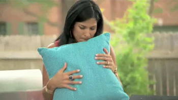 Snuggle TV Spot, 'Scents of Summer: Summer Things' - Thumbnail 9