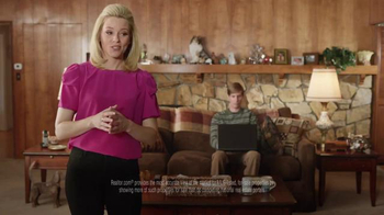 Realtor.com TV Spot, 'Real Estate in Real Time: Jim' Feat. Elizabeth Banks - Thumbnail 4