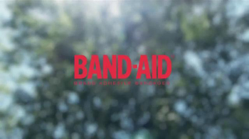 Band-Aid TV Spot, 'Play Hard' - Thumbnail 9