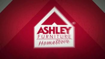Ashley Furniture Homestore Memorial Day Mega Matress Event TV Spot, 'Deals' - Thumbnail 1